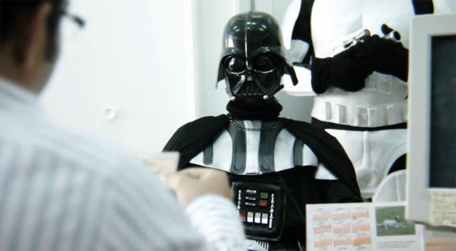 Darth Vader pide un préstamo